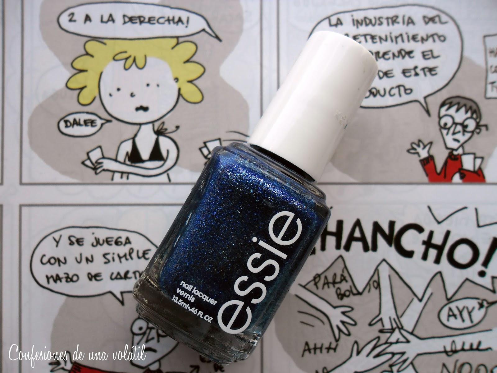 En las uñas: Lots of lux, de Essie - Confesiones de una volátil