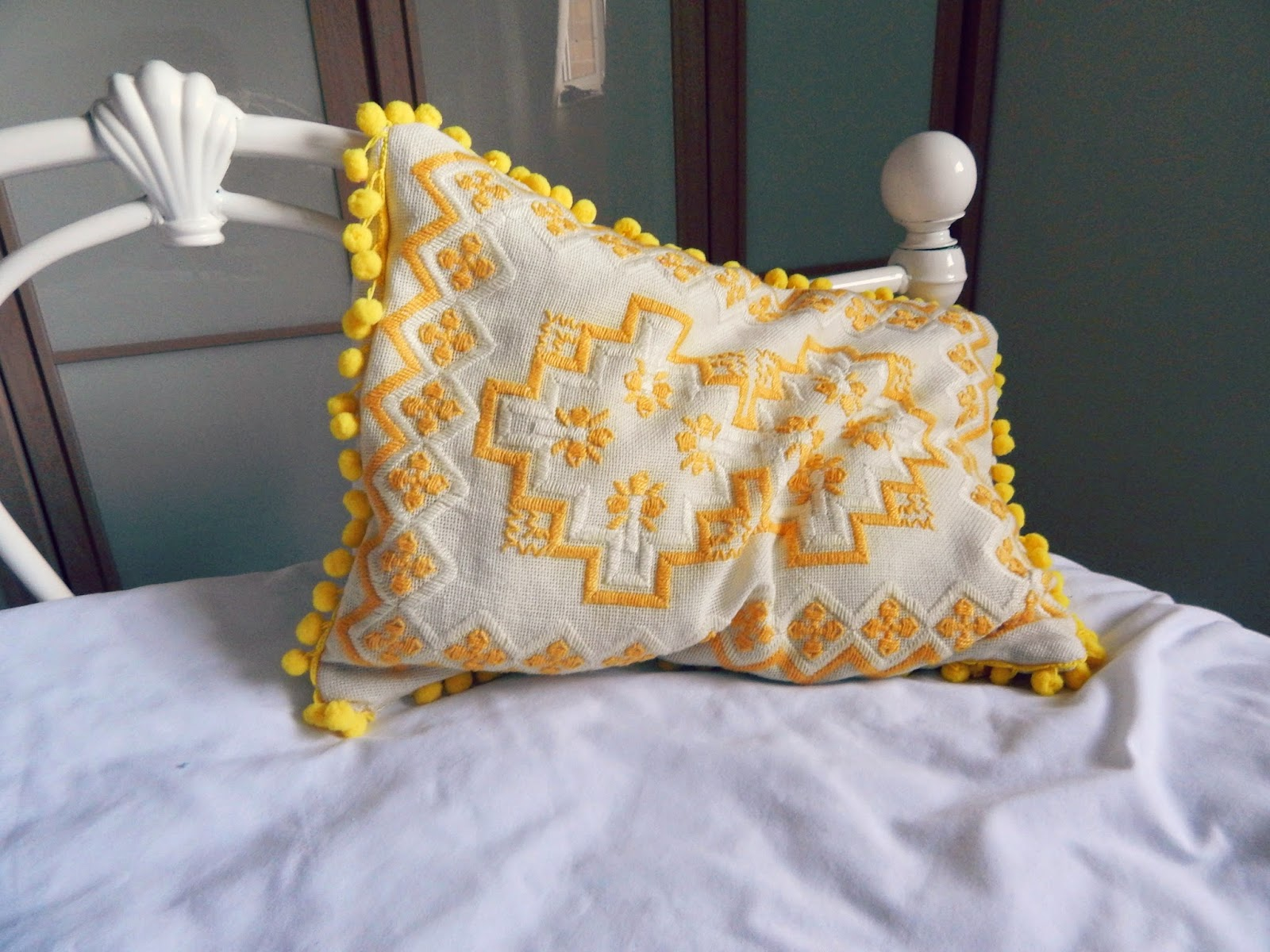 DIY Embroidered Pom Pom Cushion