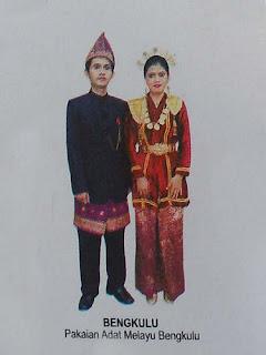 Pakaian Adat Tradisional Bengkulu