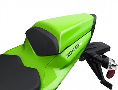 2011 Kawasaki Ninja ZX-6R Seat