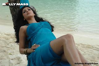 Shruti Haasan Pics in Blue Dress 7Aum Arivu Movie Blogspot Com 0001