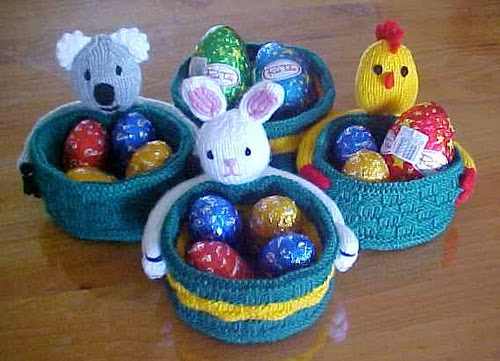 The knitting needle and the damage done knitted baskets you can i felt i had to include one specifically easter basket pattern in this post and these are pretty cute the pattern for these easter baskets by jean woods negle Choice Image