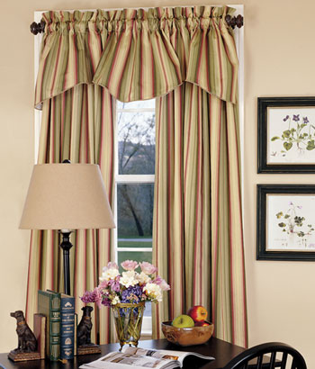 2013 Luxury bedroom curtains design