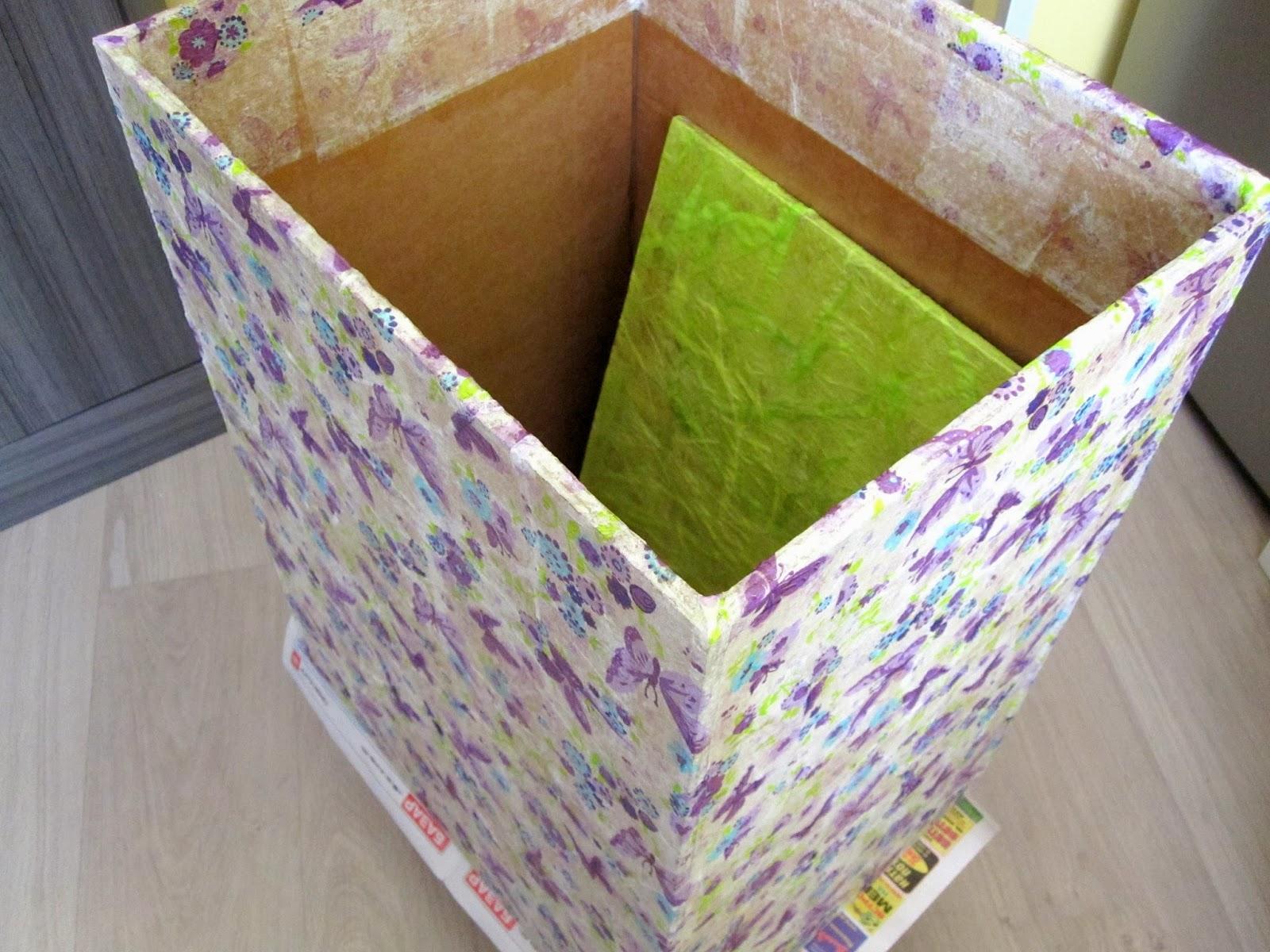 Как сделать из коробки корзину для белья