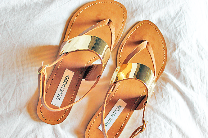 Steve Madden gold cuff sandals