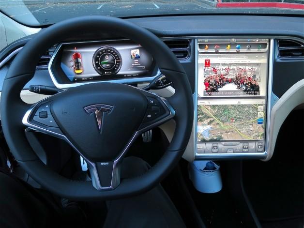 ENERGIA LIBRE - Página 2 Tesla-model-s-touch-screen-628