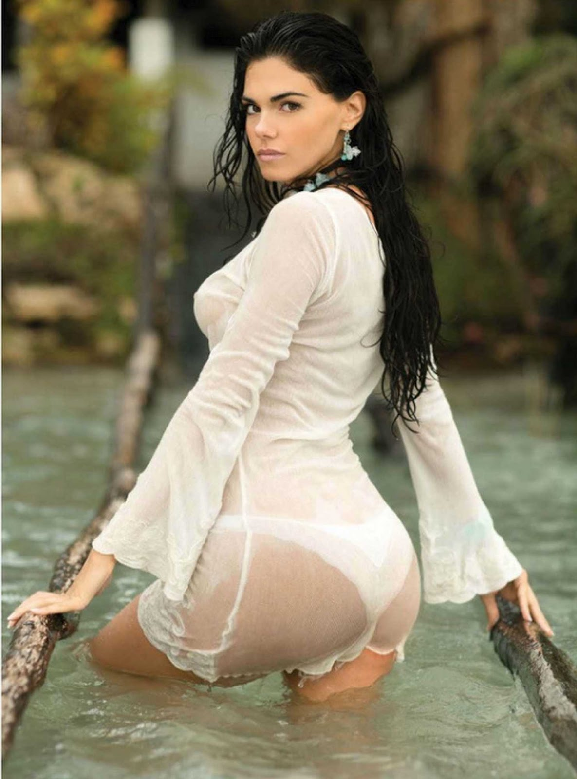 hot nude cowgirls with thongs