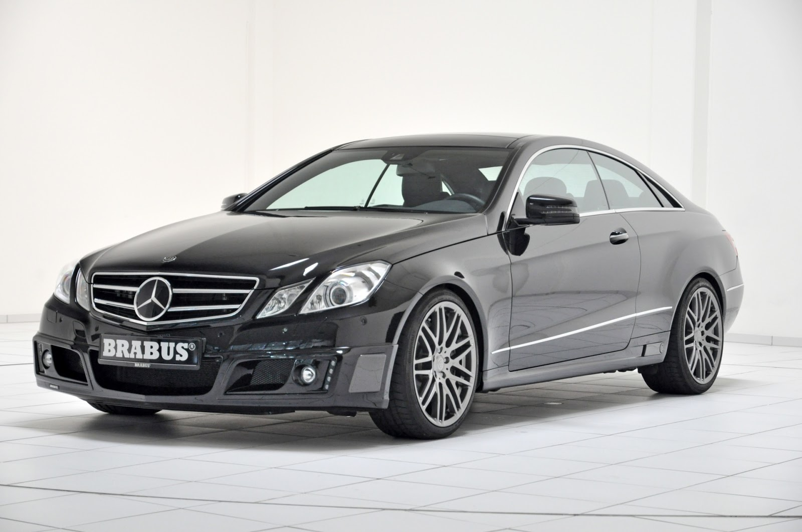 all tuning cars nz 2012 brabus b50 500 mercedes benz e class coupe. Black Bedroom Furniture Sets. Home Design Ideas