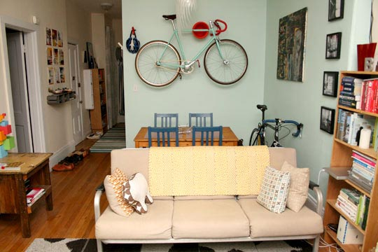livin in the bike lane apartment bike storage solutions. Black Bedroom Furniture Sets. Home Design Ideas