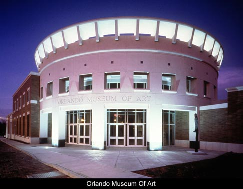 &lt;img src=&quot;image.gif&quot; alt=&quot;Orlando Museum of Art&quot; /&gt;