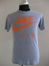 Nike Air Tag Hanes