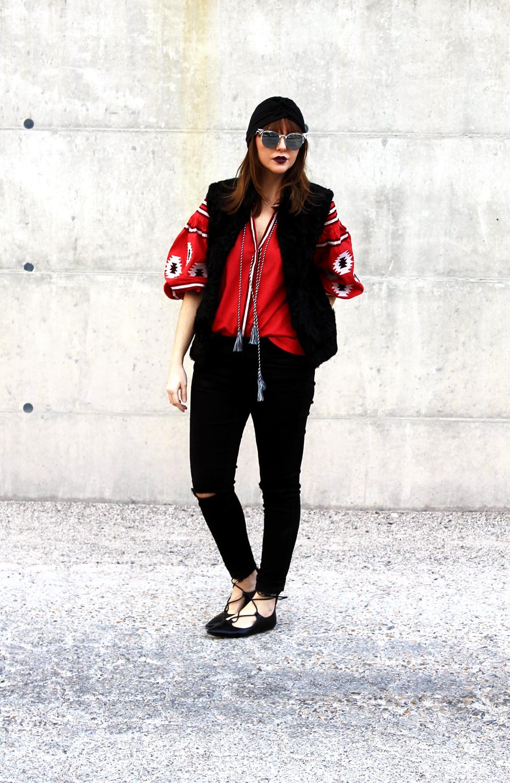 2-Francesca-Focarini-winter-outfit-boho-red-blouse