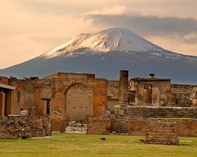 (Italy) – Pompeii