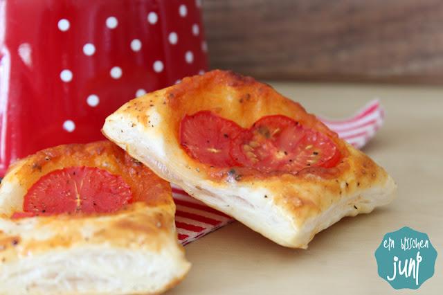 Tomaten-Blätterteig-Gebäck