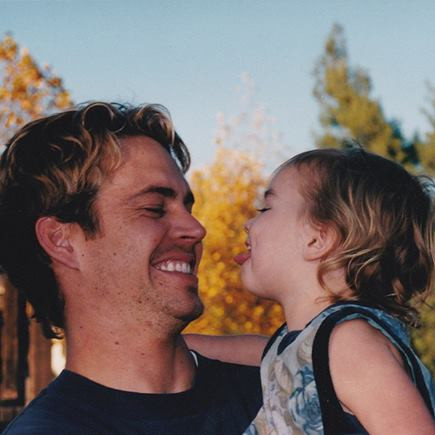 Foto Meadow Walker Dengan Ayahnya Paul Walker Di Instagram