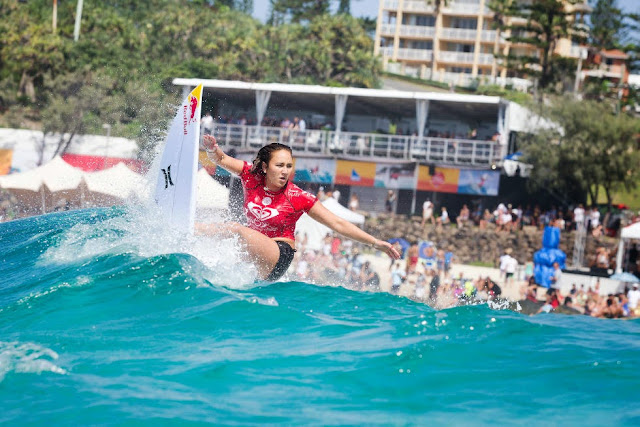 2 Roxy Pro Gold Coast 2015 Carissa Moore Foto WSL Kelly Cestari