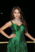 actress Jiya glamorous photos-thumbnail-18