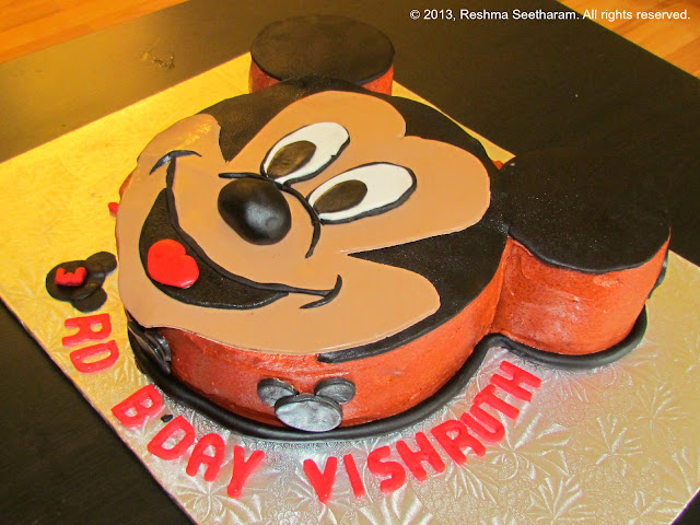 Pictures Of Mickey Mouse Face Cakes : Mickey mouse face cake