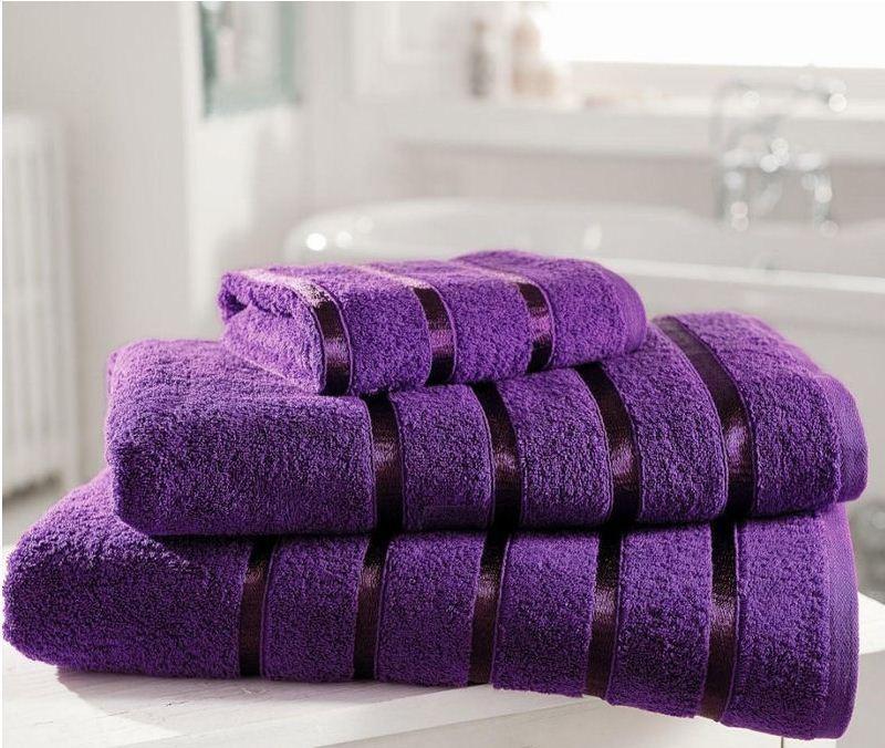 Decorating ideas purple bathrooms for Bathroom ideas violet