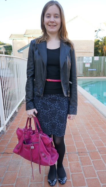 Away From The Blue Australian Daily style blogger OOTD navy pencil skirt pink bag and belt
