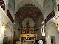 Interior de la nau de l'església de Santa Margarida de Montbui