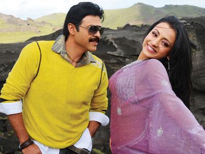 Heroine trisha krishnan Venkatesh Bodyguard telugu movie stills pics9