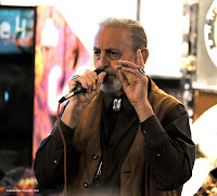 Klaas van Graff, Man Of A Thousand Songs