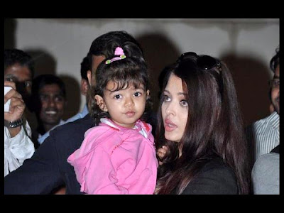 Aaradhya Bachchan returns from Long Vacation!