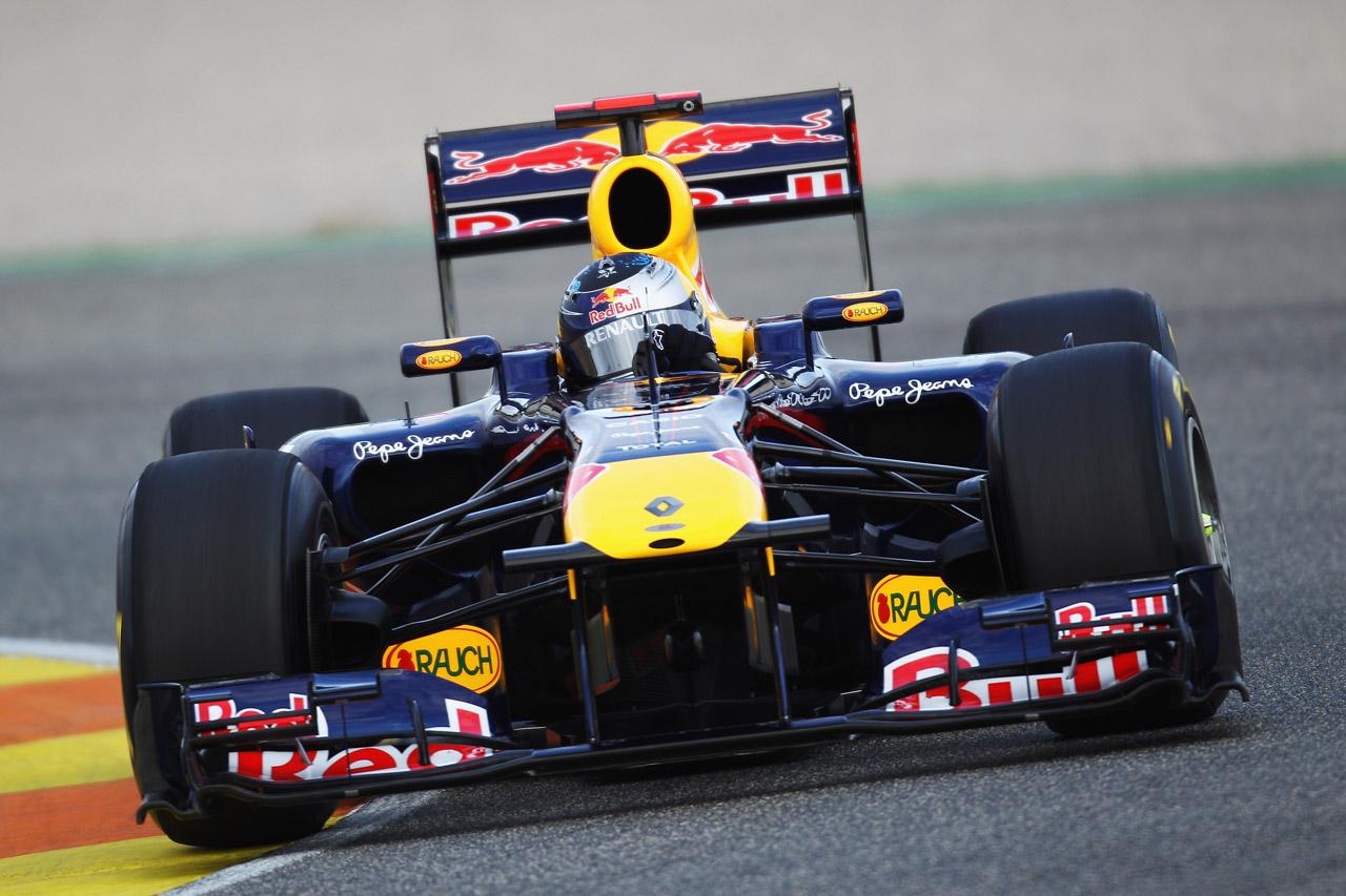 Equipe Red Bull de Formula 1 de 2011 - spotlightofpeace.com
