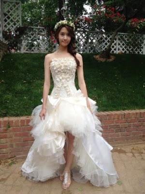 Model Gaun Pengantin Tanpa Lengan Klasik