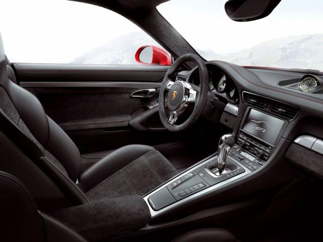 Porsche 911 GT3 2014 interior