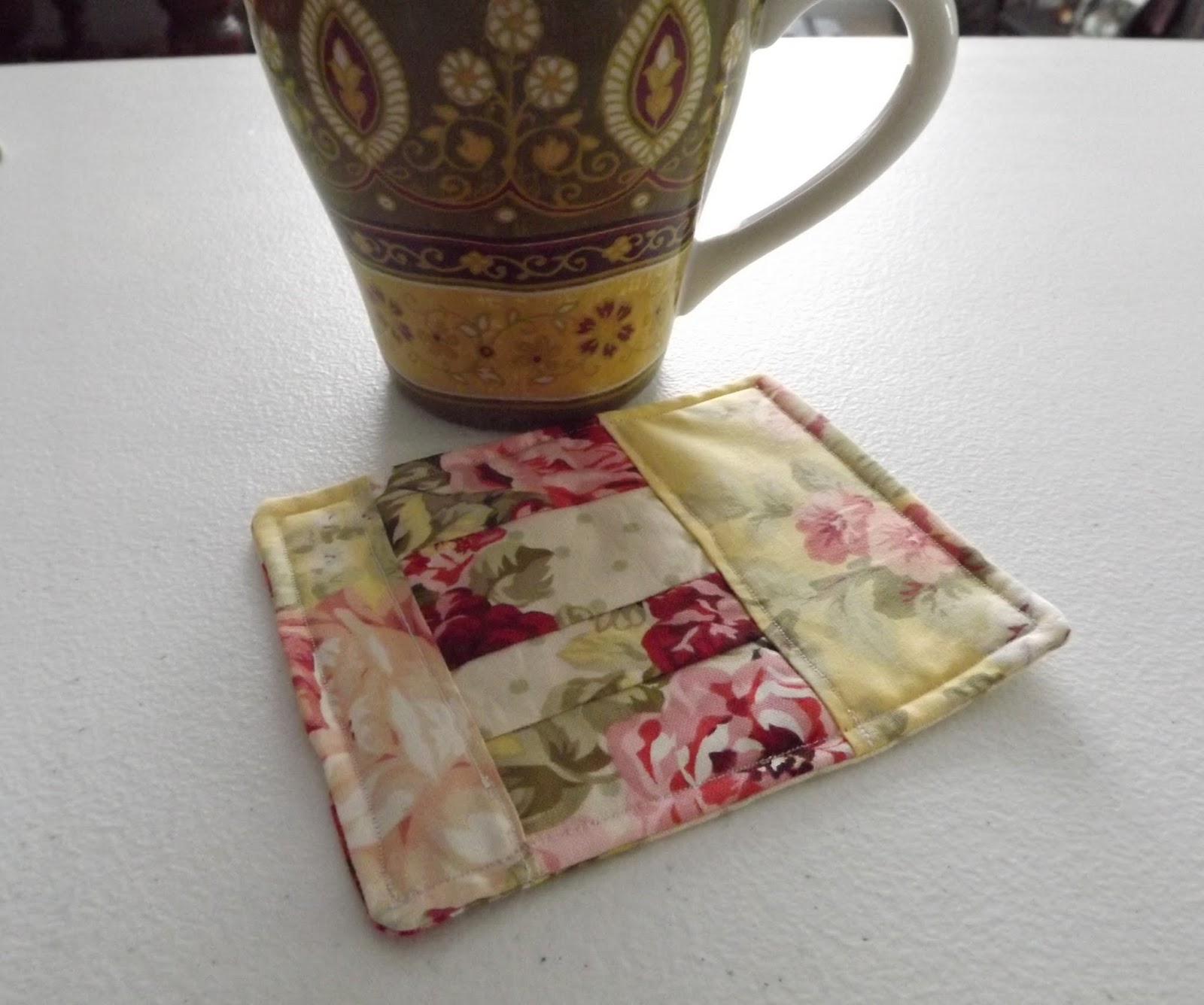~Damita's Pretty Wrap~: Mug Rug