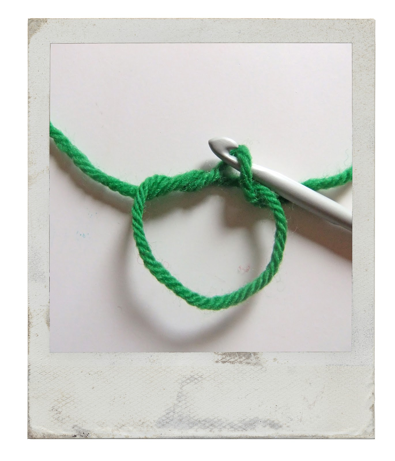 Magic ring tutorial woolnhook by leonie morgan magic ring tutorial baditri Images