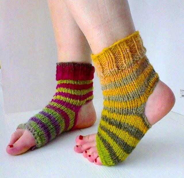 Knitting Patterns Heel Less Socks : wildaboutyarn: A Burning Sock Desire - tips for knitting socks