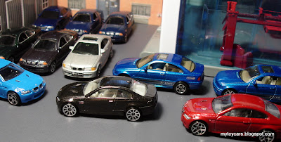 hot wheels diecast bmws in 1:64 scale