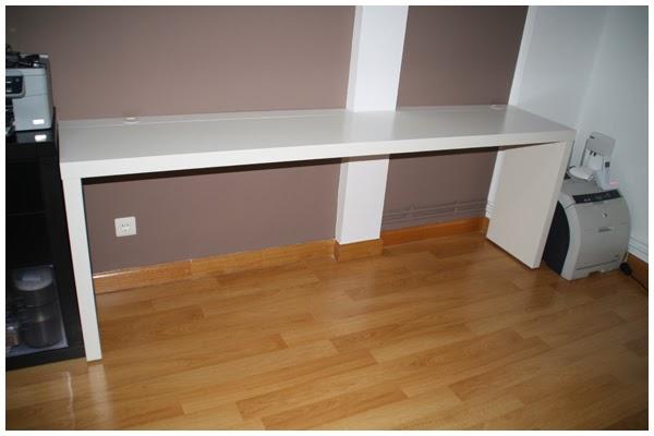 La neurona del manitas mesa de despacho con una mesa malm - Mesa auxiliar malm ...