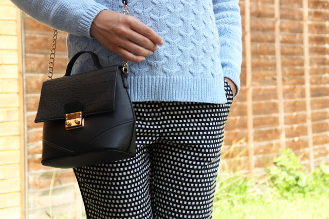 baby blue jumper primark bag