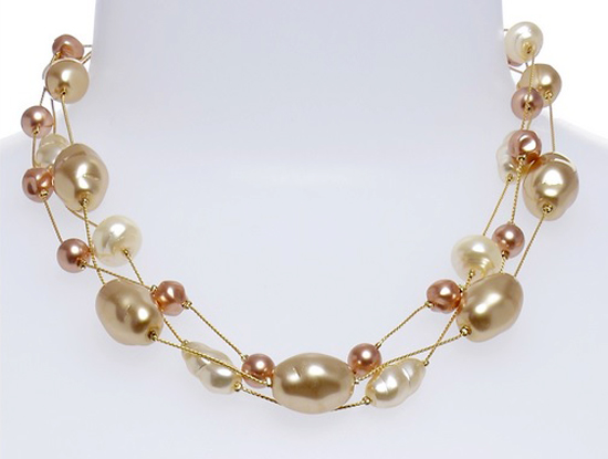 Pearl Necklace by Dabby Reid