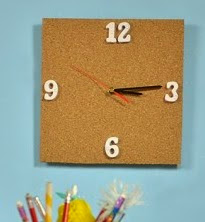 http://lasmanualidades.imujer.com/7217/como-hacer-un-reloj-de-pared