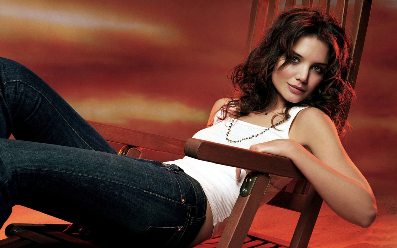 KATIE HOLMES HOT | HOT CELEBRITIES ALL OVER THE WORLD