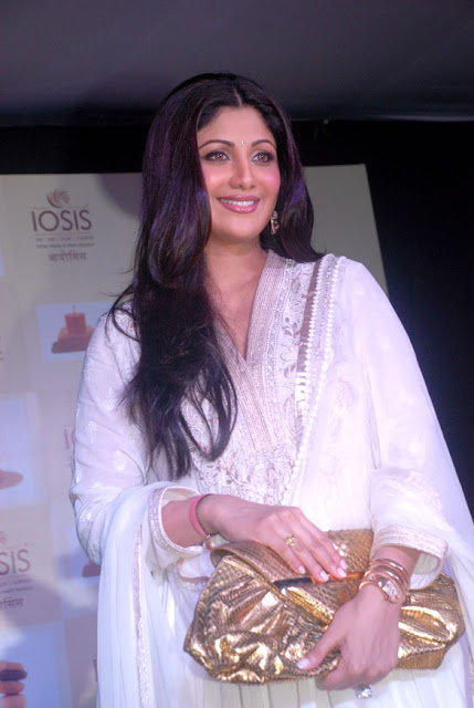 Shilpa Shetty after delivery photos
