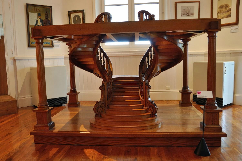 Leven en wonen bij cormatin taiz cluny bourgogne en de uitslag is - Vervoeren van een trappenhuis ...