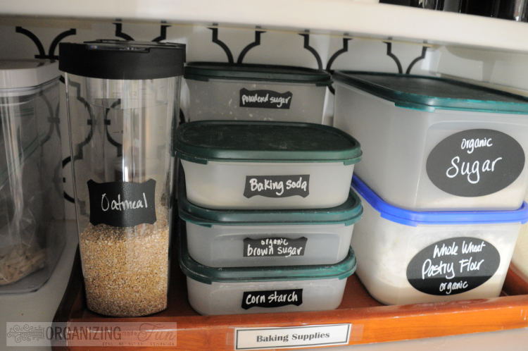 25 of My Best Organizing Hack: Trays to organize baking supplies:: OrganizingMadeFun.com