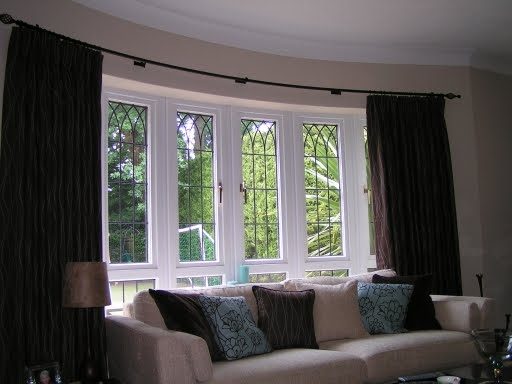 Read on for more information on bay window curtain ideas