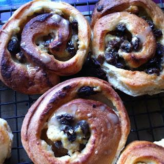 twd: golden brioche loaves and raisin snails