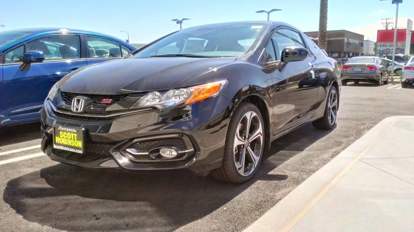 Since the year 2011 i have test driven a new civic si every year in 2011 i test drove the final model year of the eighth generation civic si sedan