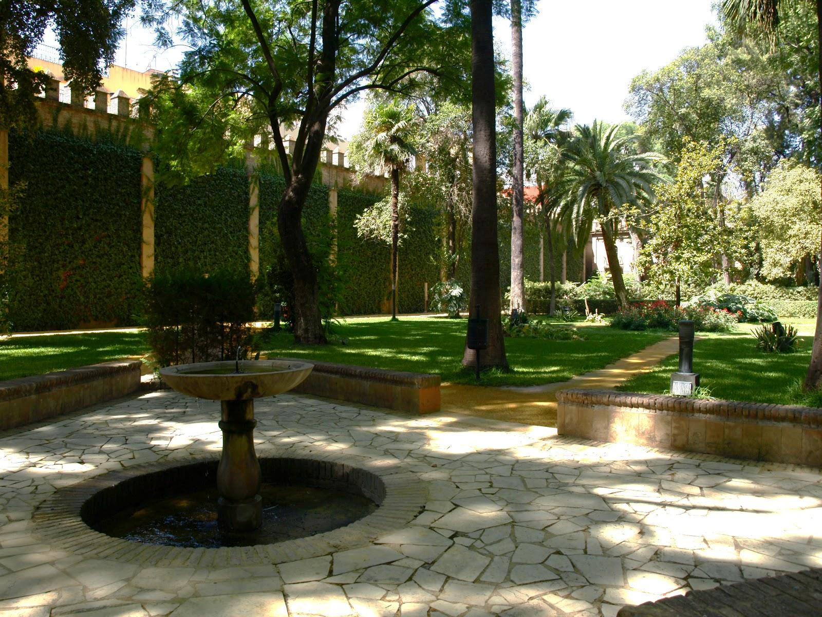 Sevilla daily photo alc zar 39 el jard n ingl s for Jardin en ingles