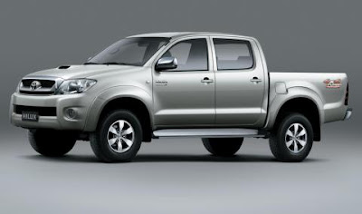 2013 Toyota Hilux Photos