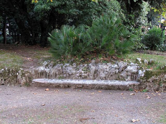 Stone bench, Villa Mimbelli, Livorno