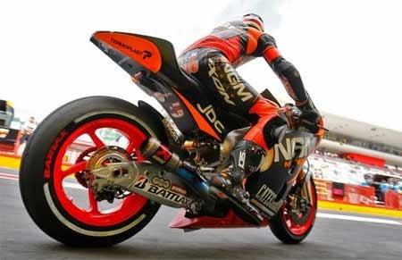 Tim MotoGP NGM Forward Racing